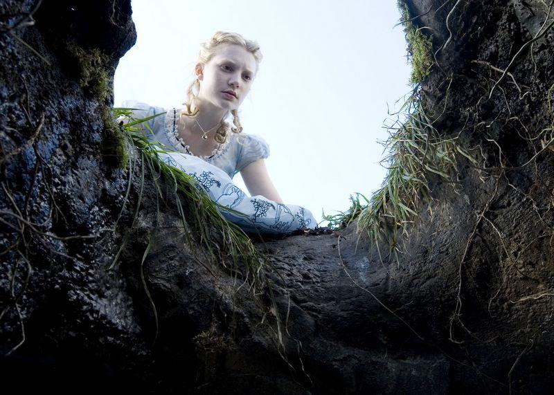 """Kadras iš Timo Burtono filmo """"Alisa stebuklų šalyje"""".  """"RIA Novosti""""/""""Scanpix""""  nuotr."""