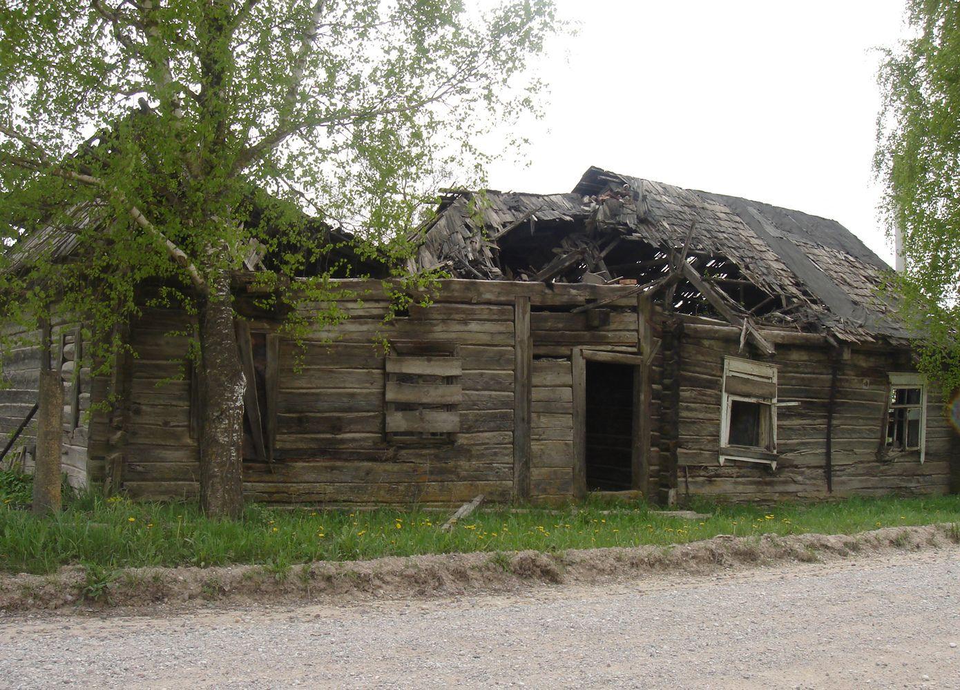 Negyvenamus baltarusių namus valdžia perims ir parduos