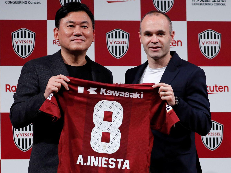 Andresas Iniesta Japonijos futbolą traukia iš Kinijos šešėlio