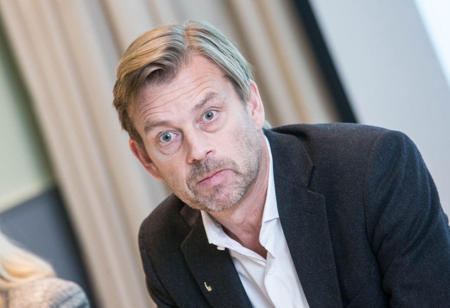 """Su """"Luminor"""" dirbs po skandalų pasitraukęs""""Swedbank"""" vadovas"""