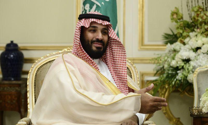 """Saudų sosto įpėdinis Mohammadas bin Salmanas reformuoti šalį bando autoritariniais metodais. """"Scanpix"""" nuotr."""