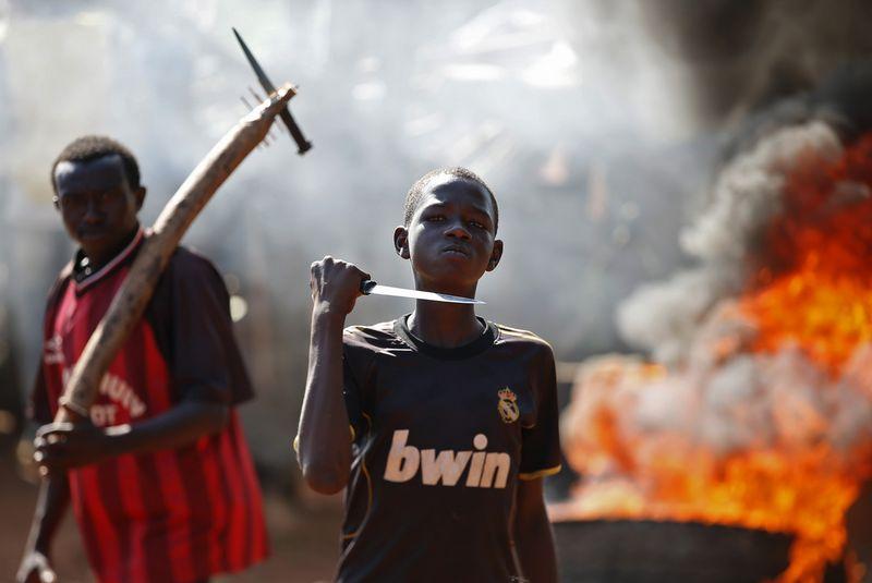 """Pietų Afrikos respublika iš pirmosios vietos Neigiamų patirčių indekse išstūmė Iraką. Gorano Tomasevic (""""Reuters"""" / """"Scanpix"""") nuotr."""