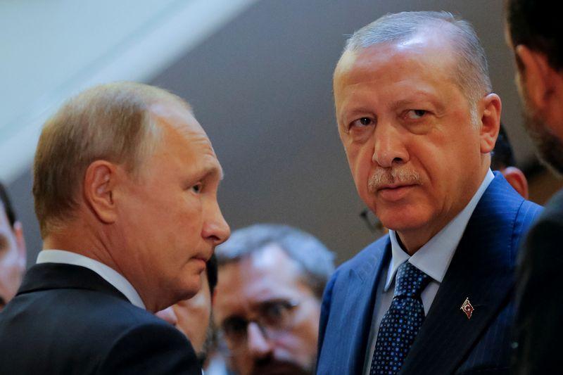 """Rusijos prezidentas Vladimiras Putinas ir Turkijos prezidentas Recepas Tayyipas Erdoganas. Alexanderio Zemlianichenko (""""Reuters / """"Scanpix"""") nuotr."""