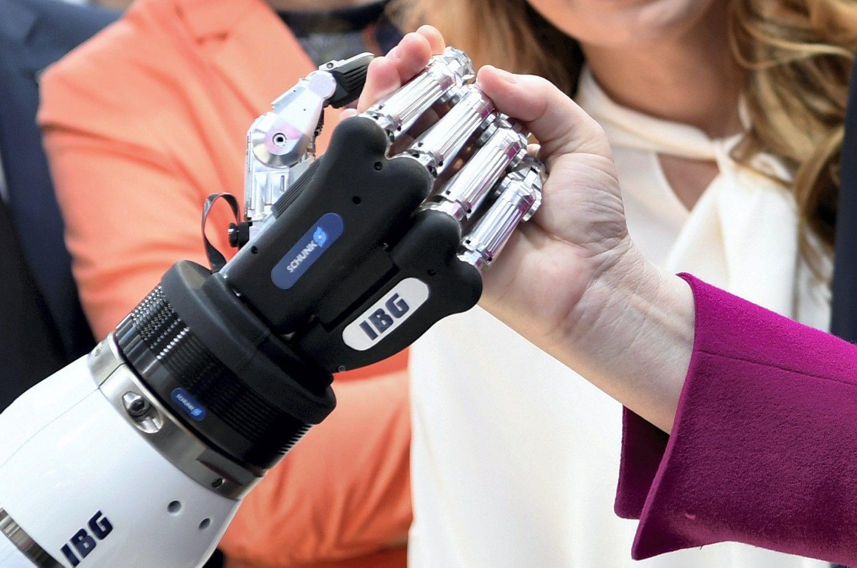 Mokslininkai: robotai sukurs 133 mln. darbo vietų
