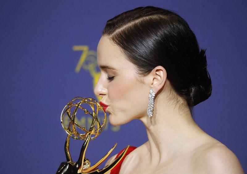 """Geriausia aktore tapo Rachel Brosnahan, sukūrusi pagrindinį vaidmenį seriale """"The Marvelous Mrs. Maisel"""" (""""Reuters"""" / """"Scanpix"""") nuotr."""