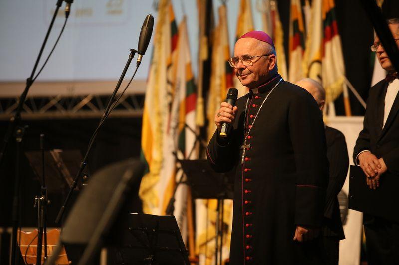"Dvasininkas Sigitas Tamkevičius, buvęs Kauno Arkivyskupas. Eriko Ovčarenko (""15min""/""Scanpix"") nuotr."
