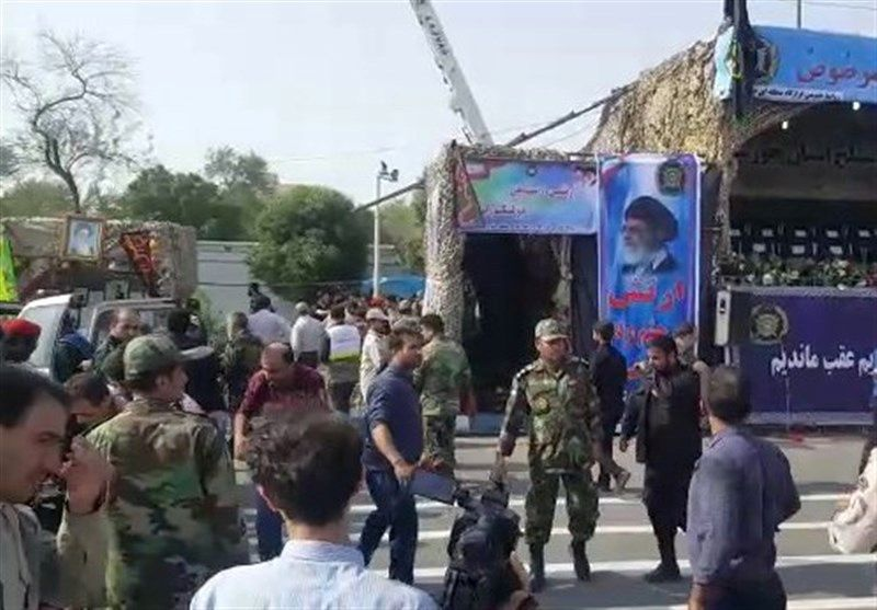 """Išpuolis per karinį paradą Irane. """"Reuters"""" nuotr."""