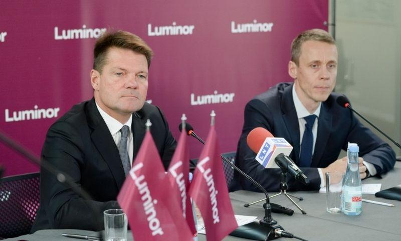 """Kairėje: """"Luminor"""" valdybos pirmininkas Nilsas Melngailis. """"Luminor"""" nuotr."""