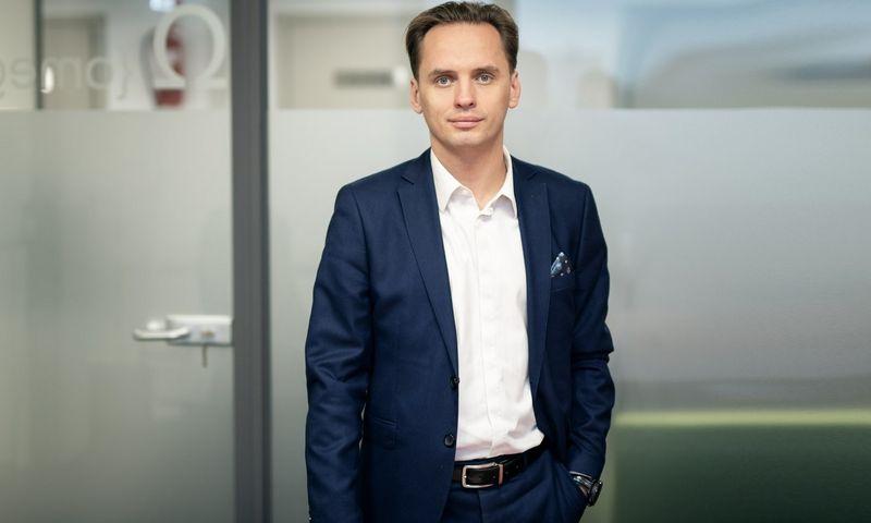 Tomaš Jankovski, Atea Aptarnavimo padalinio vadovas, sako, kad renkantis IT partnerius, lemiamu faktoriumi neturėtų tapti kaina – kur kas svarbiau išsiaiškinti, kiek vertės už ją gaunate. Ryčio Galadausko nuotr.