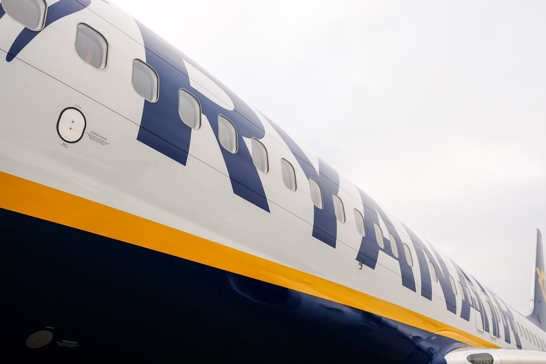 """Penktadienį """"Ryanair"""" dėl streikų atšaukia skrydžius"""
