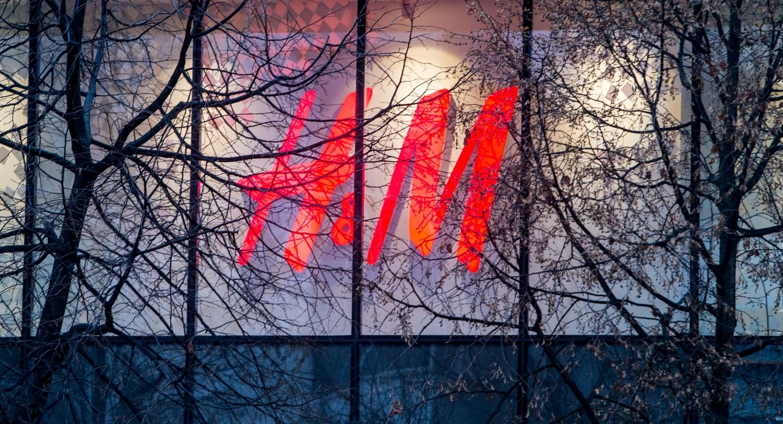 H&M pardavimai internetu pašoko trečdaliu