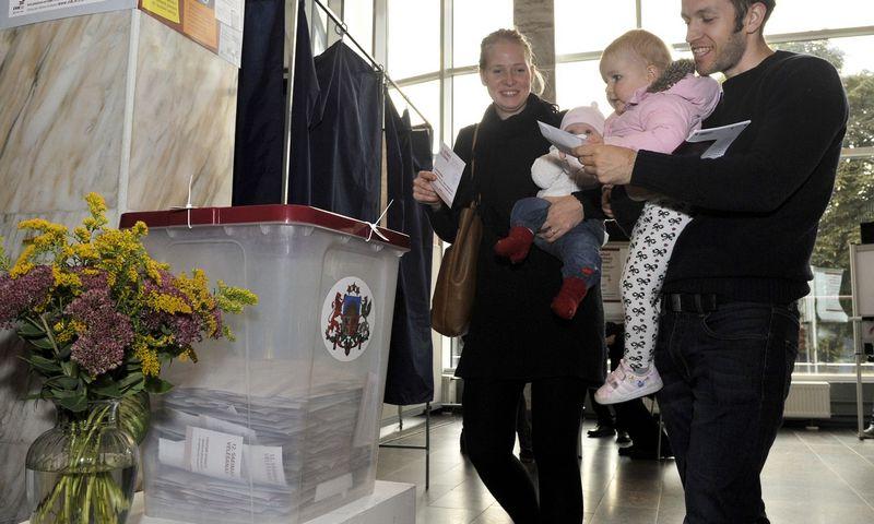 """2014 m. rinkimuose dalyvavo apie 58% rinkėjų. Oksanos Džadan (""""RIA Novosti"""" / """"Scanpix"""") nuotr."""