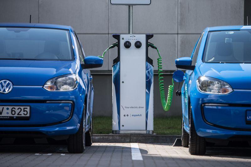Elektromobiliai Lietuvoje sparčiai plinta, tačiau tesudaro 0,05% automobilių parko., Juditos Grigelytės (VŽ) nuotr.