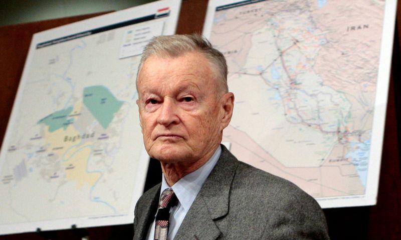 """Prof. Zbigniewas Brzezinskis, 2017 m. Jimo Youngo (""""Reuters""""/""""Scanpix"""") nuotr."""