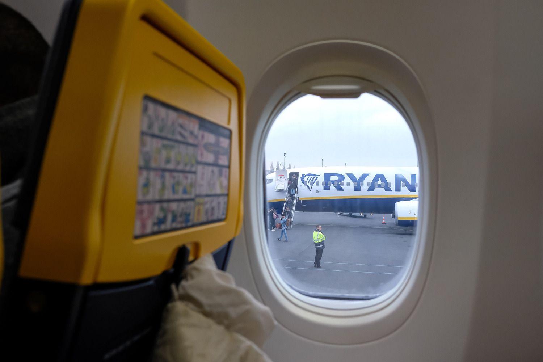 """""""Ryanair"""" šiandien atšaukė dar du skrydžius iš Lietuvos"""