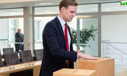 Konservatoriai turi būti žmonių partija, sako Landsbergis