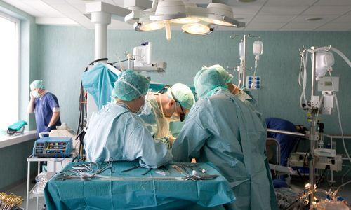 TOP20 didžiausių darbdavių algos: dosniausių trejetuke – ligoninė