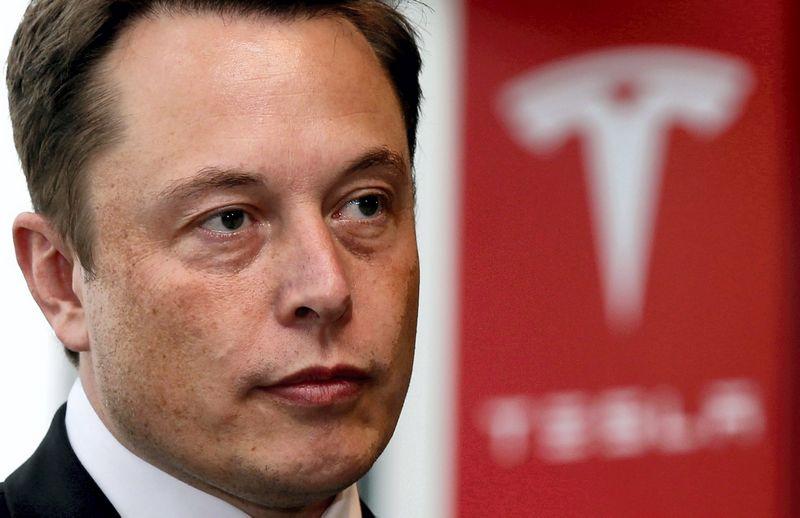 """Elonas Muskas. Toru HanaI (""""Reuters"""" / """"Scanpix"""") nuotr."""