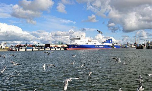 Nuo gaisro nukentėjęs keltasįplaukė į Klaipėdos uostą