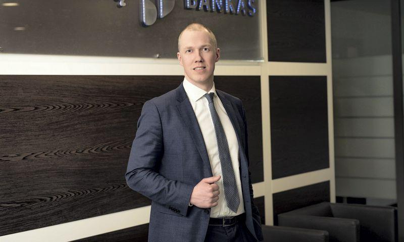 Kęstutis Grinius, Šiaulių banko Vilniaus regiono ir filialo verslo klientų direktorius, sako, kad smulkiojo ir vidurinio verslo įmonės iš anksto turi ruoštis ne tik nesėkmėms, bet ir sėkmei. Ryčio Galadausko  nuotr.