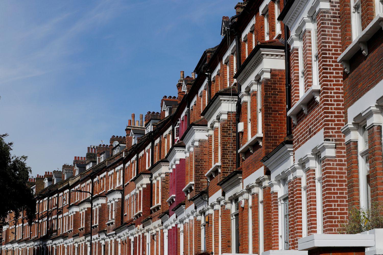 Būsto kainos Londone mažėja penktą ketvirtį iš eilės