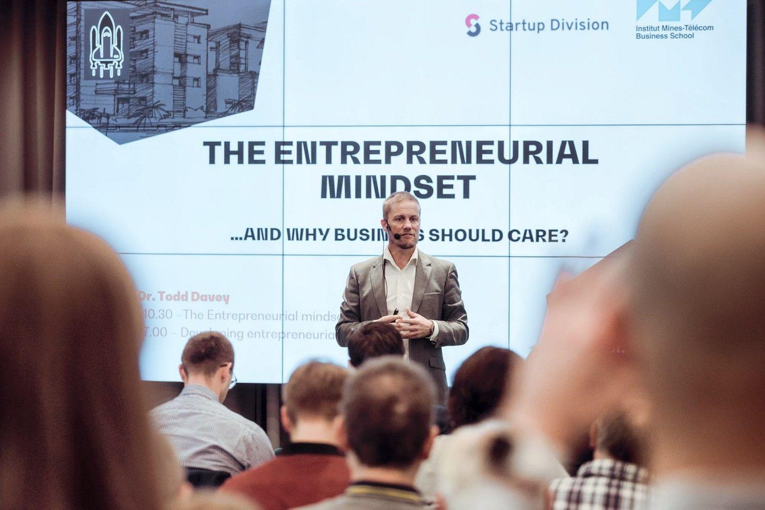 Inovacijų ekspertas pataria: kaip mąstyti ir elgtis besikeičiančioje verslo aplinkoje?