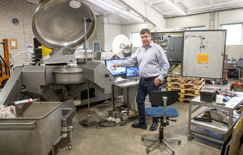 """Faustas Keršys, UAB """"Baltgina"""" direktorius: """"Jau pradedame prekiauti tokiais įrenginiais, kurie čia, Lietuvoje, niekam nereikalingi, nes maisto pramonė – per maža."""" Juditos Grigelytės (VŽ) nuotr."""