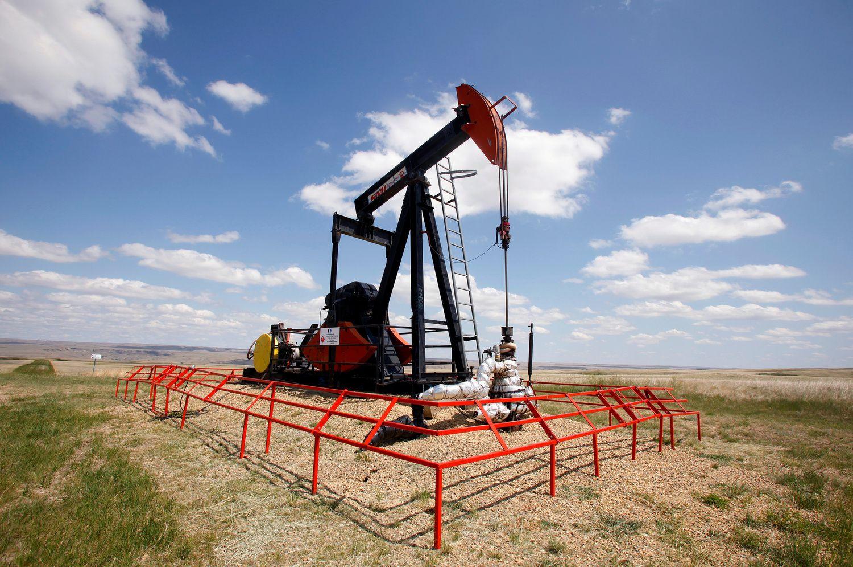 Veiksnių naftos kainų kilimui netrūksta