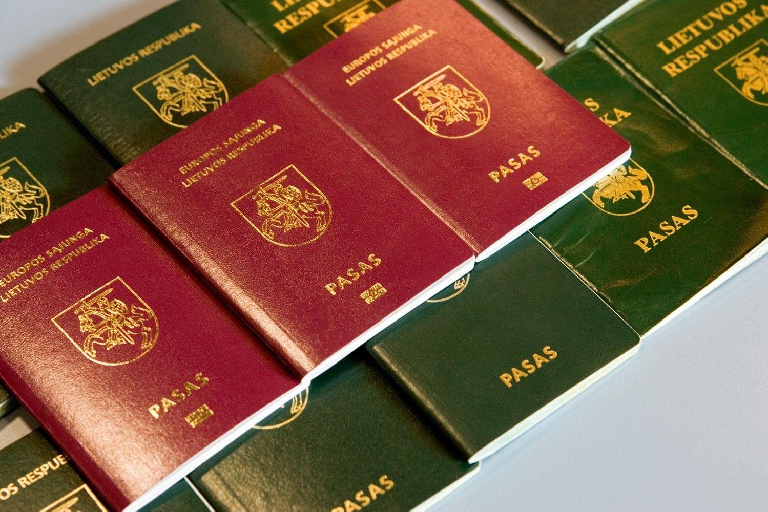 """Įvardijo """"galingiausius""""valstybių pasus, lietuviškas – 11-as pasaulyje"""