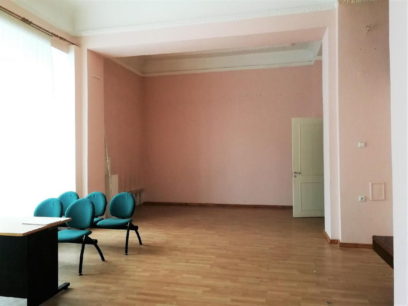 Aukcione – patalpos Vilniaus Gedimino pr.