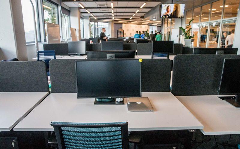 Jau gedulingai patvirtinta, kad atviruosiuose biuruose produktyvumas nedidėja, bet mažėja. Juditos Grigelyįs (VŽ) nuotr.