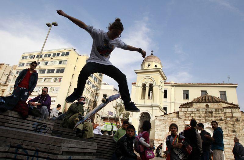 """Krizės įkarštyje jaunimo nedarbo lygis Graikijoje ir Ispanijoje perkopė 50%, o tuo pačiu metu visoje ES darbdavio negalėjo rasti vienas iš keturių jaunuolių. """"Reuters"""" / """"Scanpix"""" nuotr."""