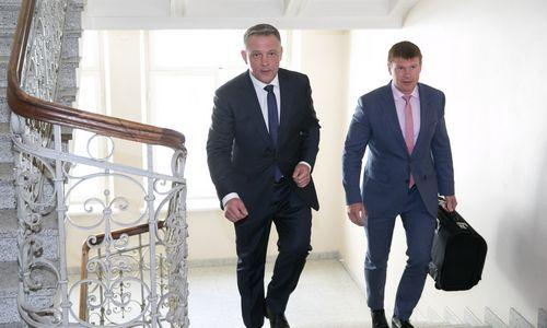 Masiuliui nebus grąžinti per kratas paimti 242.000 Eur