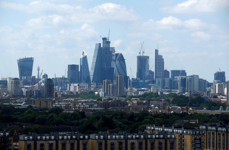 "Londonas. Philo Noble'o (""Reuters"" / Scanpix"") nuotr."