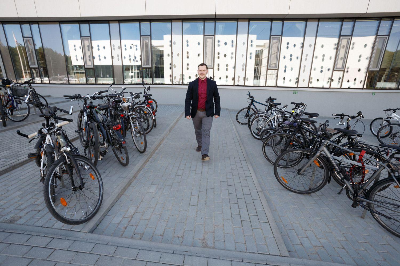 """Baltik vairas"" Lietuvos laiškanešiams pagamins 210 elektrinių dviračių"