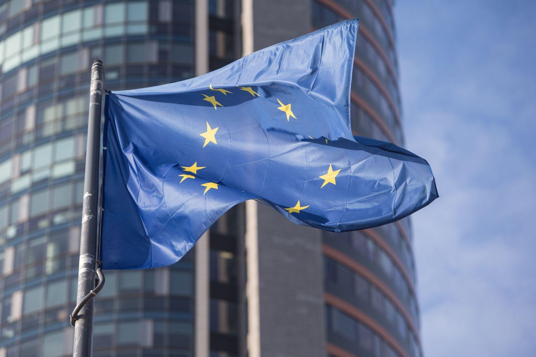 Eurobarometras: mažėja lietuvių, manančių, kad padėtis ES gerėja