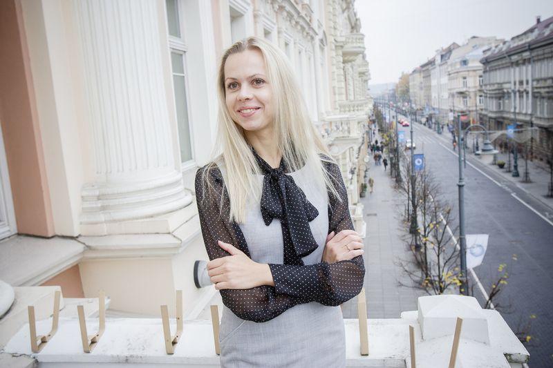 """Neringa Rastenytė-Jančiūnienė, NT paslaugų bendrovės """"Newsec"""" Investicinių sandorių paslaugų grupės vadovė Baltijos regionui. Vladimiro Ivanovo (VŽ) nuotr."""