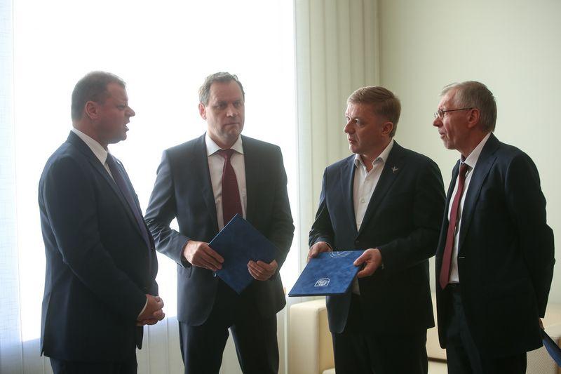 Saulius Skvernelis, Valdemaras Tomaševskis, Ramūnas Karbauskis, Gediminas Kirkilas. Vladimiro Ivanovo (VŽ) nuotr.