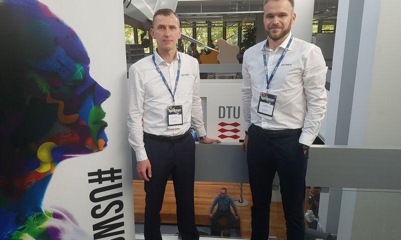 """UAB """"Šviežias oras"""" direktorius Žilvinas Salialionis (kairėje) ir pardavimų vadovas Donatas Adomonis.  Bendrovės nuotr."""