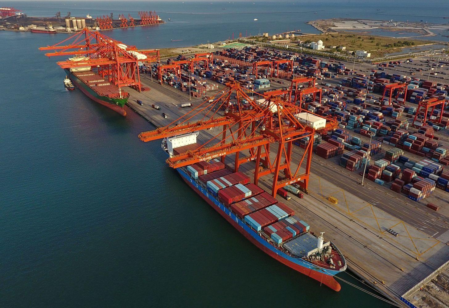 Kinijos ekonomika – prekybos karo gniaužtuose