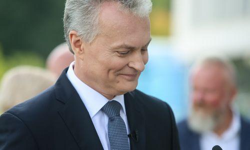 Apklausa: gyventojai prezidentu mato G. Nausėdą, I. Šimonytę