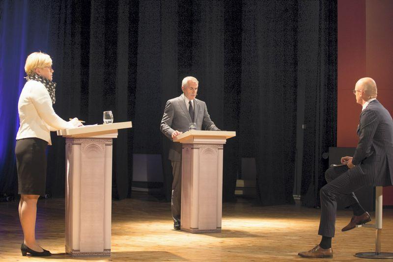 2018 m. Spalio 22 d.  VDU Didžiojoje salėje vyko debatai tarp Ingridos Šimonytės ir Vygaudo Ušacko.   Mariaus Vizbaro (15min.lt) nuotr.
