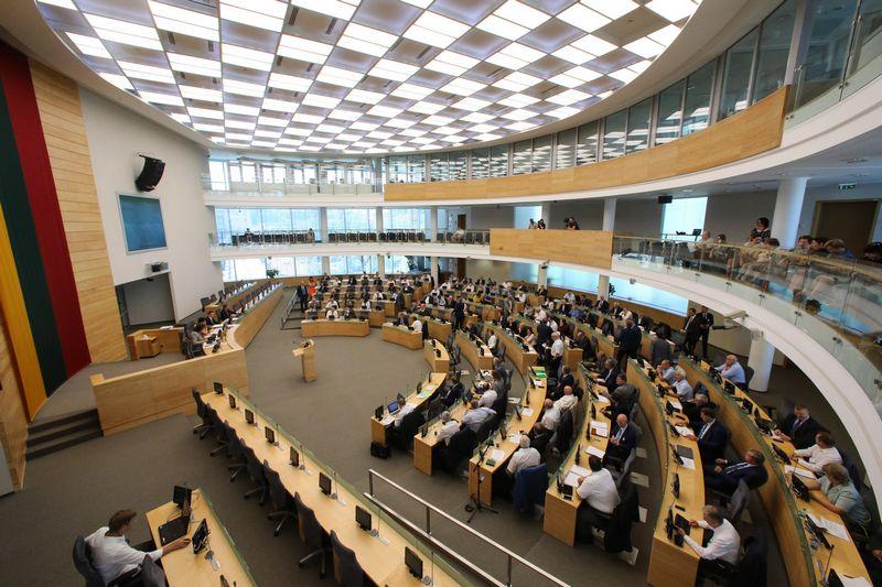 Vienas neeilinis Seimo posėdis rengiamas opozicijos iniciatyva, kitas - valdančiųjų. Vladimiro Ivanovo (VŽ) nuotr.