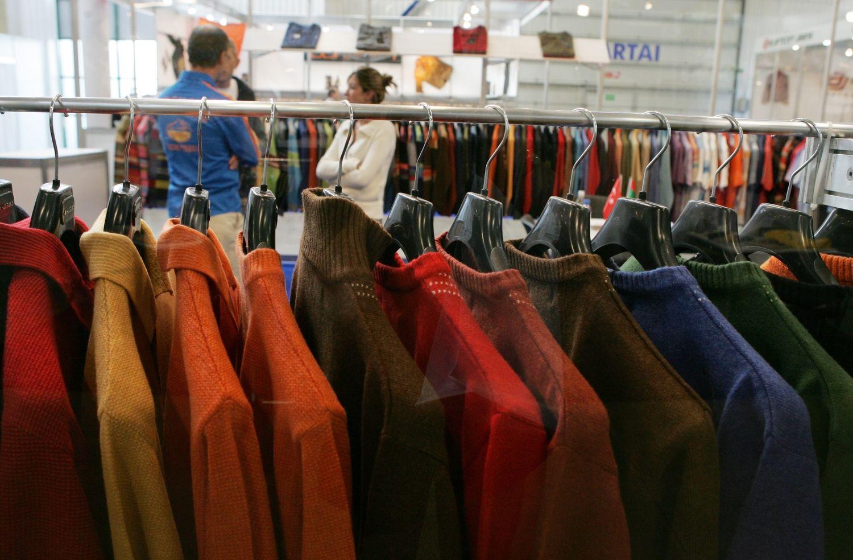 """""""Made in China"""" nebemadinga: lūžis drabužių pramonėje įvyks 2025 m."""