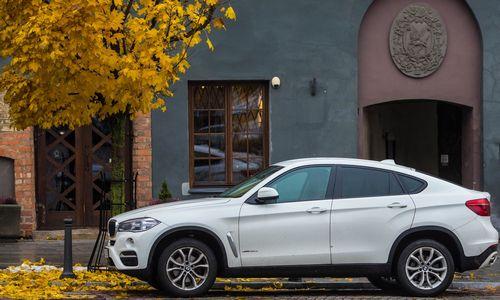 BMW atšaukia 1,6 mln. automobilių dėl gaisro pavojaus