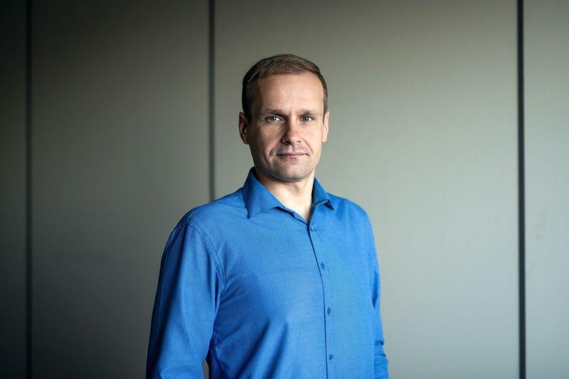 Anot Rimo Kareivos, Atea IT paslaugų vadovo,  visų įmonių funkcinių padalinių vadovai turi domėtis naujovėmis savo srityje ir identifikuoti situacijas, kada jiems gali padėti IT. Ryčio Galadausko nuotr.