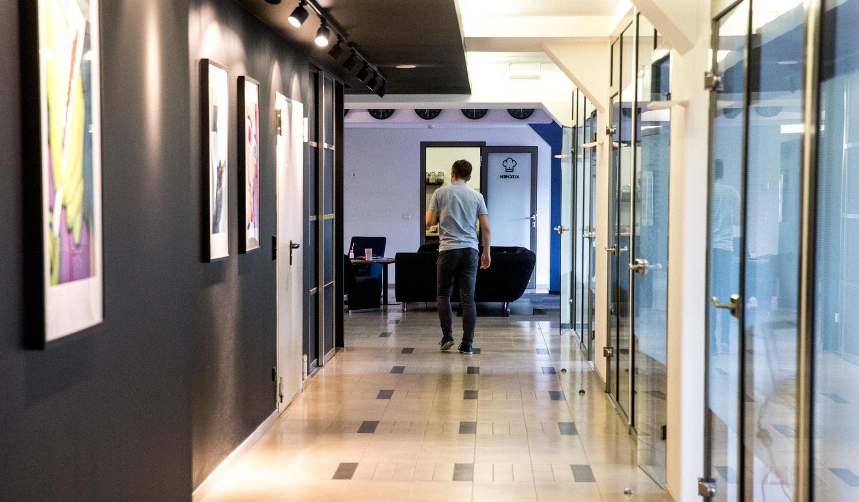 """""""Tesonet"""" ieško 14.000 kv. m biuro: 3 metų laukti nebegalime"""