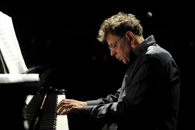 """Kompozitorius ir atlikėjas Philipas Glassas (JAV). , Fernando Aceves/""""Gaidos"""" festivalio nu"""