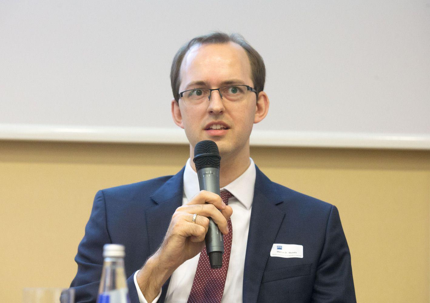 """Valstybė parduos Kauno """"Verslininkų namų"""" dalininko teises"""