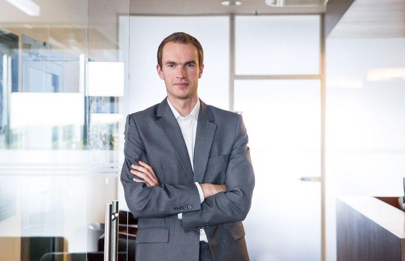 """Donatas Šetikas, FMĮ """"Orion Securities"""" vyresnysis finansų makleris. Juditos Grigelytės (VŽ) nuotr."""